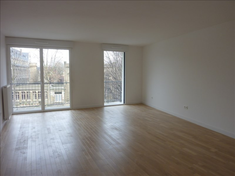 Location appartement Paris 14ème 1 209€ CC - Photo 1