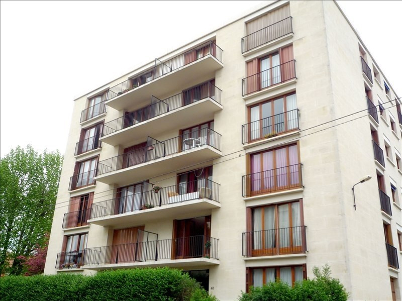 Rental apartment Fresnes 830€ CC - Picture 1