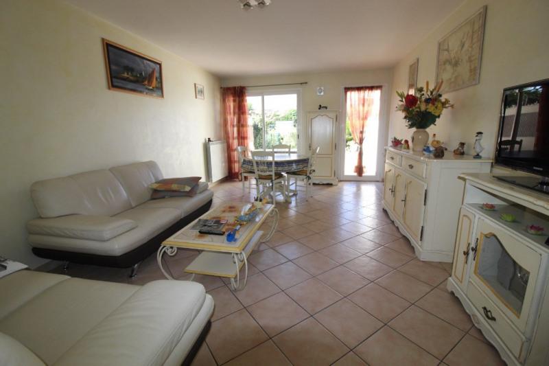 Vente maison / villa Hyeres 280900€ - Photo 5