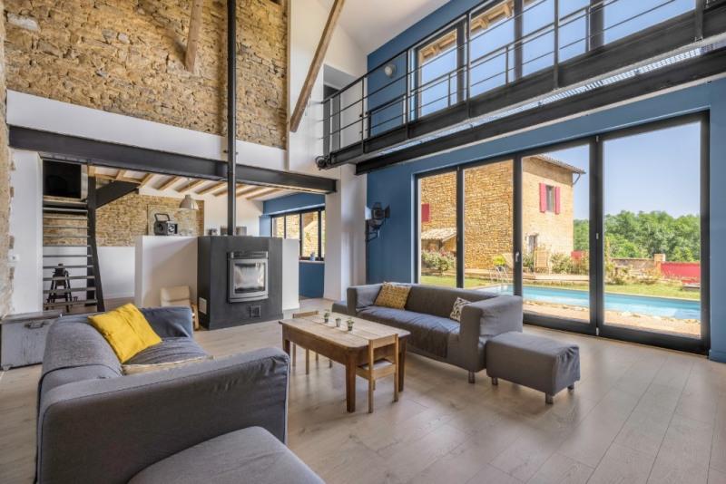 Deluxe sale house / villa Villefranche sur saone 675000€ - Picture 2
