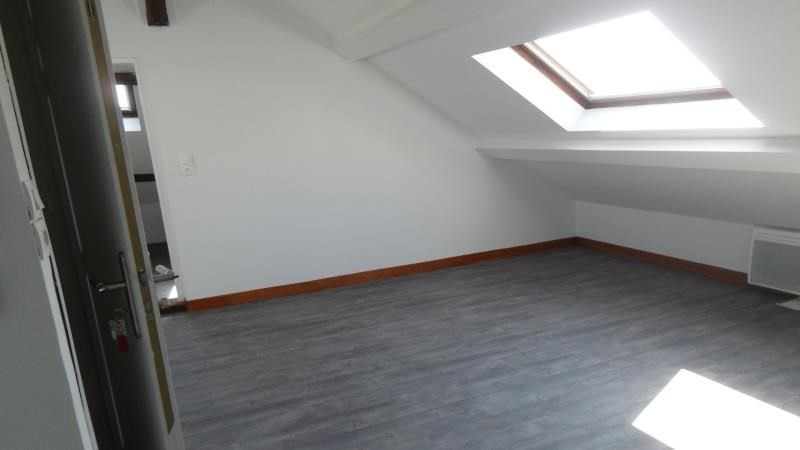 Rental apartment Saint andre les vergers 470€ CC - Picture 2