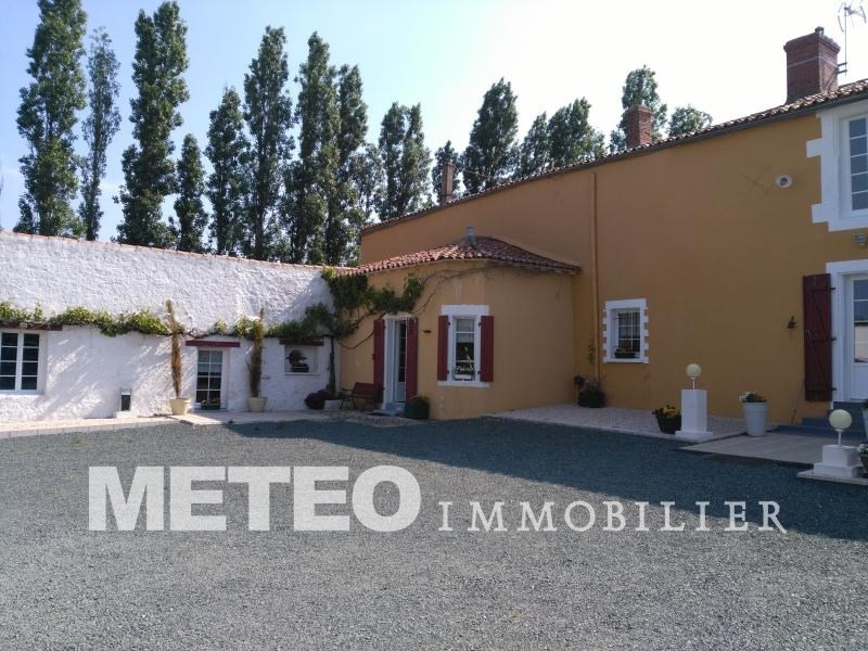 Vente maison / villa Thire 343 200€ - Photo 1
