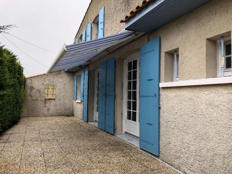 Sale house / villa Le chay 152500€ - Picture 1