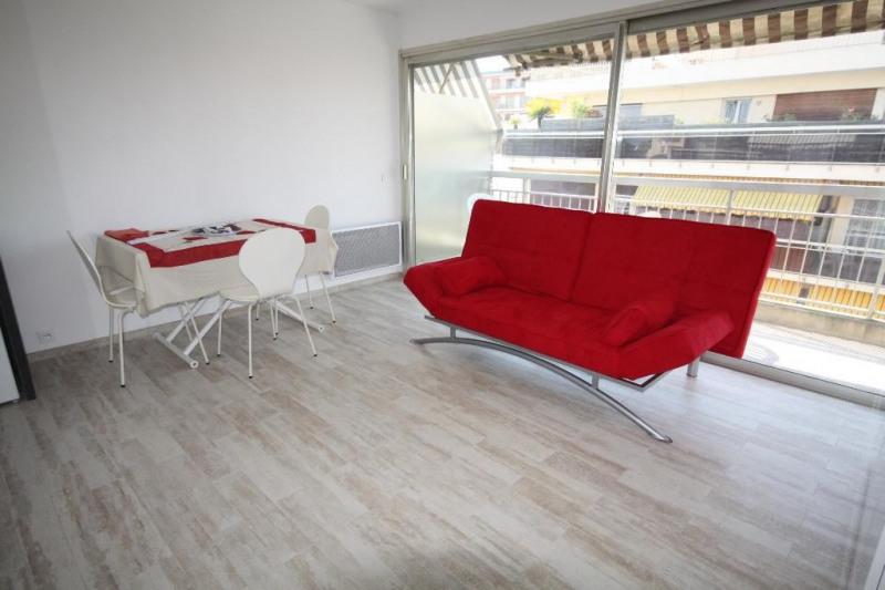 Rental apartment Juan-les-pins 575€ CC - Picture 2