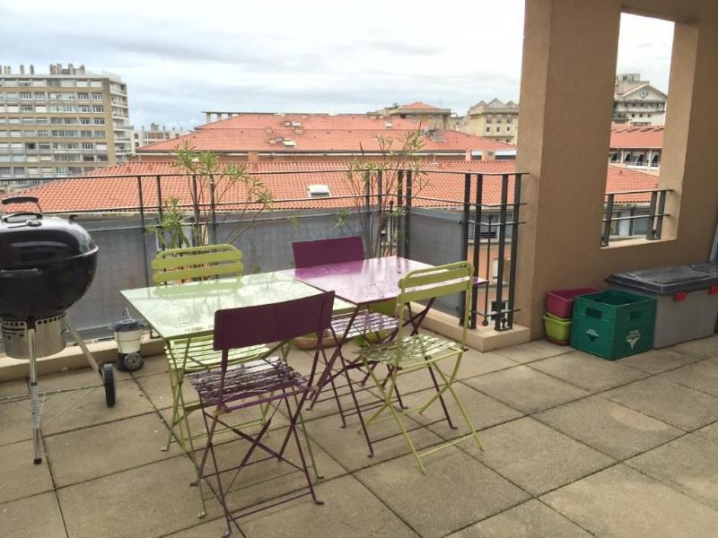 Location appartement Aix en provence 2 385€ CC - Photo 1