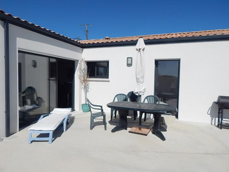 Sale house / villa Semussac 264500€ - Picture 1