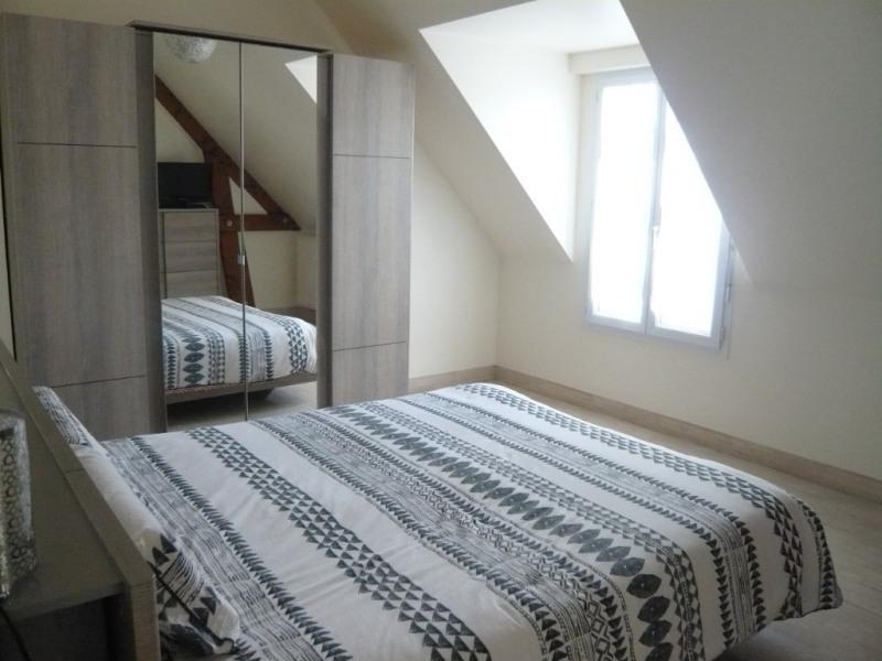 Rental house / villa Saint berthevin 660€ CC - Picture 3
