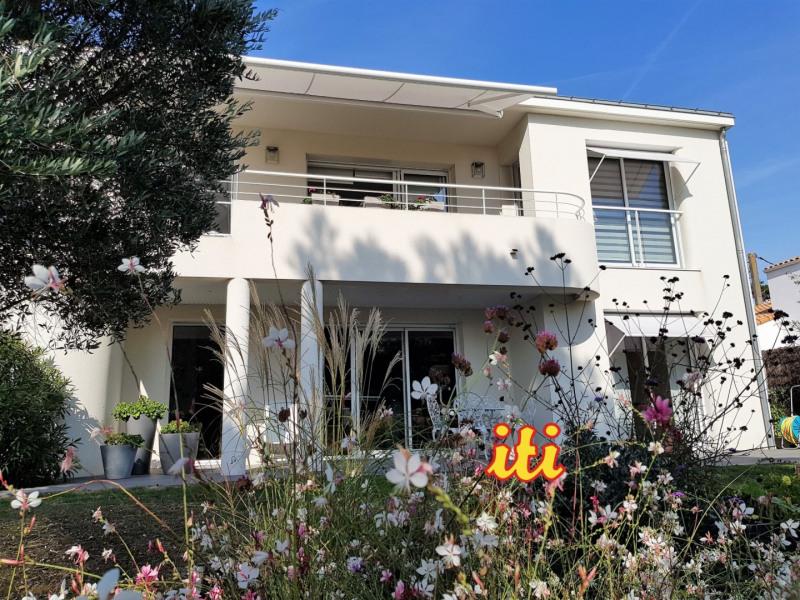 Deluxe sale house / villa Chateau d olonne 845000€ - Picture 1