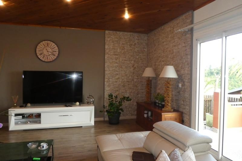 Vente maison / villa Petite ile 493500€ - Photo 3