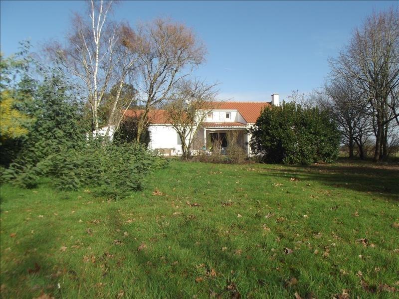 Sale house / villa Corsept 322000€ - Picture 1