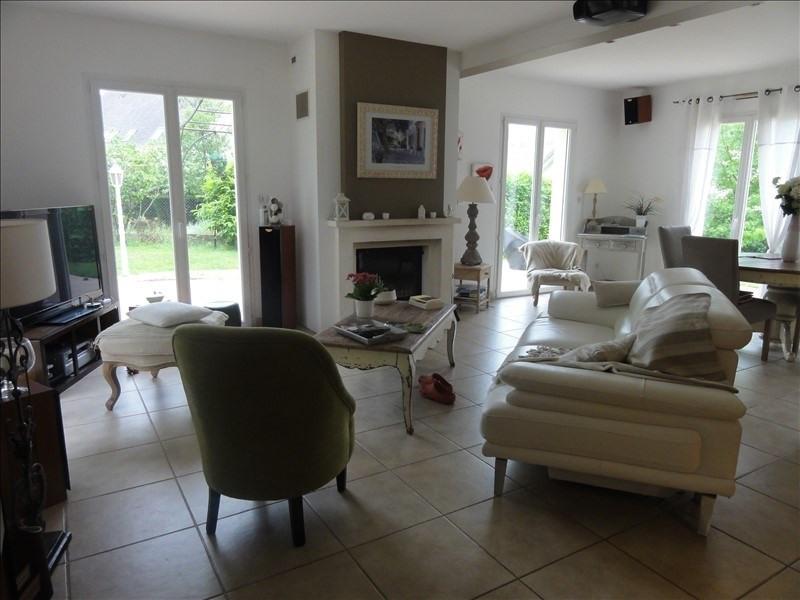 Sale house / villa Montfort l amaury 568000€ - Picture 2