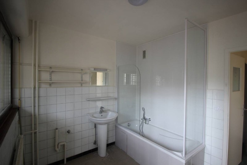 Location appartement Annemasse 1 000€ CC - Photo 5