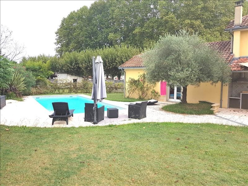 Sale house / villa Gelos 399000€ - Picture 2