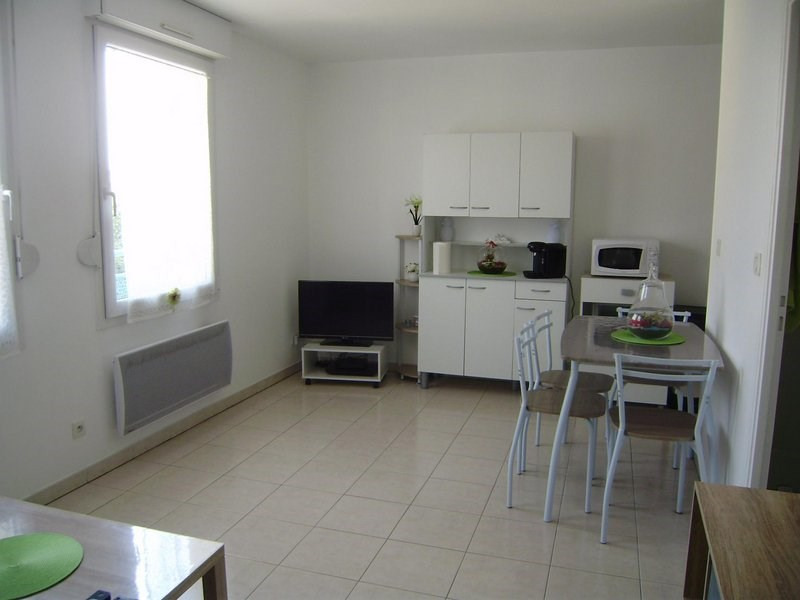 Rental apartment Châlons-en-champagne 400€ CC - Picture 1