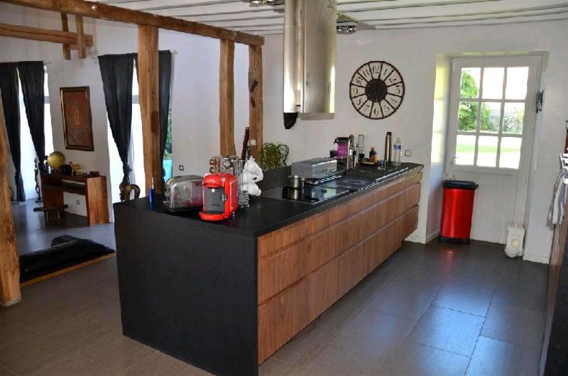 Sale house / villa Machault 405000€ - Picture 7