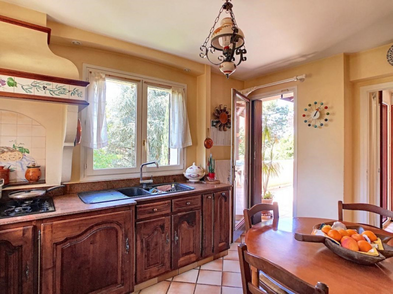 Sale house / villa Sainte-foy-lès-lyon 680000€ - Picture 5