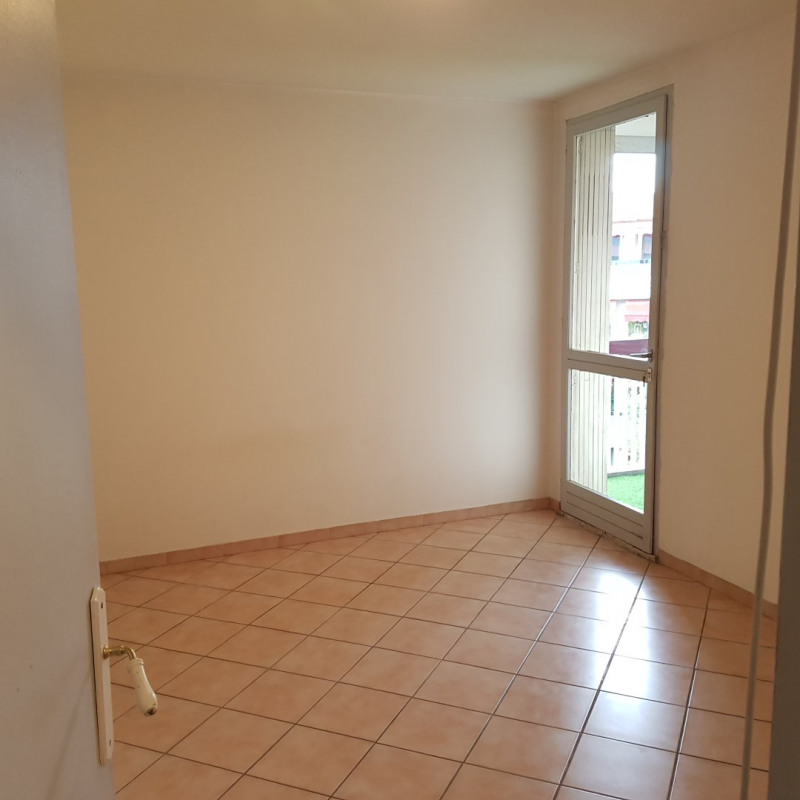 Location appartement Aix-en-provence 860€ CC - Photo 7