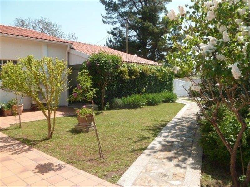 Vente maison / villa Le chateau d'oleron 329600€ - Photo 17