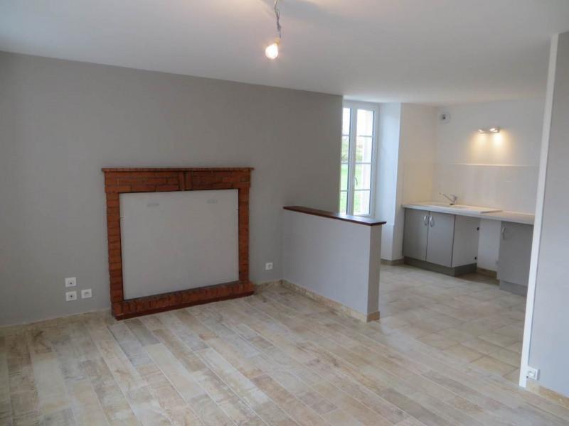 Rental house / villa Salles-d'angles 750€ CC - Picture 3