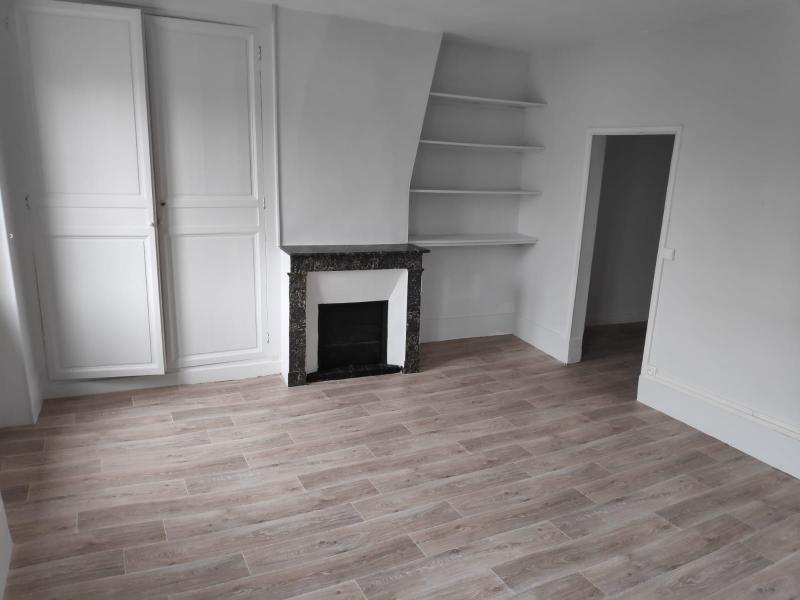 Rental apartment St germain en laye 950€ CC - Picture 2