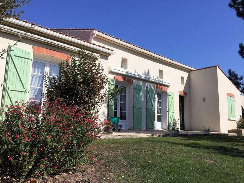 Deluxe sale house / villa Chateau d'olonne 569000€ - Picture 2