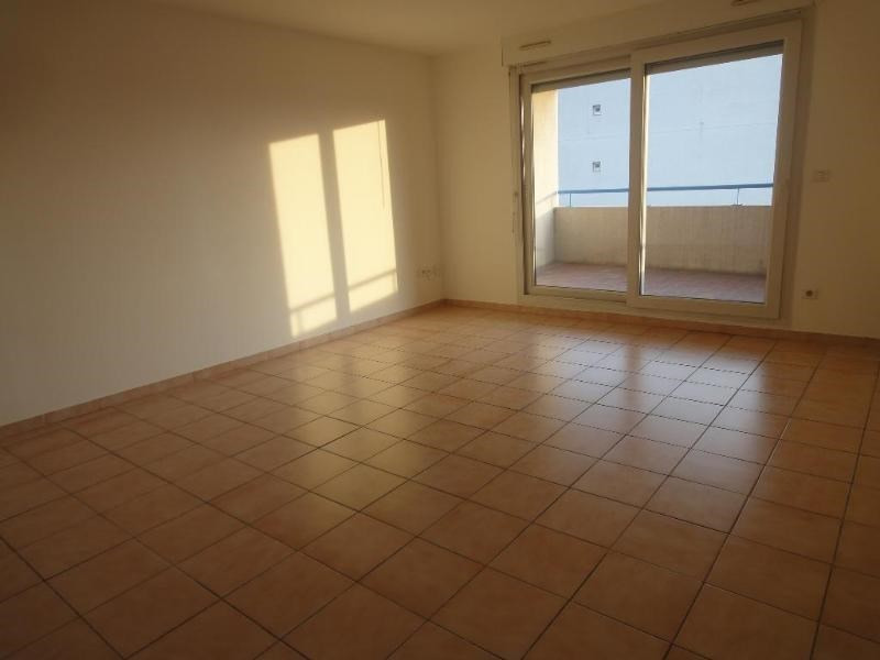 Location appartement Aix en provence 812€ CC - Photo 2
