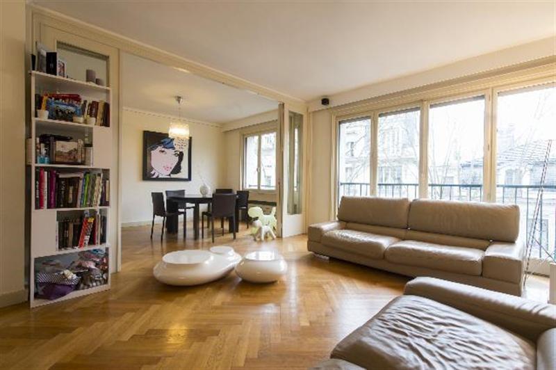 Sale apartment Lyon 6ème 447000€ - Picture 1