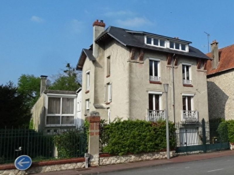 Sale house / villa Montargis 314000€ - Picture 1