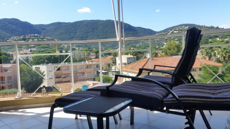 Vacation rental apartment Cavalaire sur mer 300€ - Picture 4