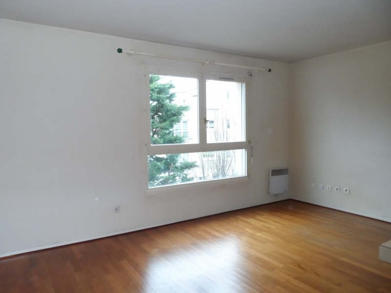 Rental apartment Chatenay malabry 750€ CC - Picture 1