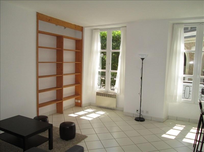 Rental apartment Versailles 1195€ CC - Picture 1