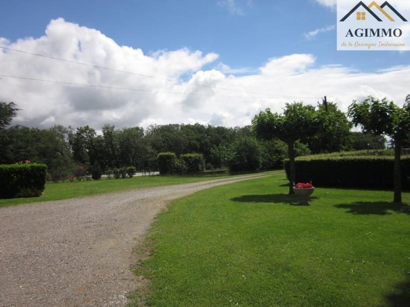 Sale house / villa L isle jourdain 398000€ - Picture 5