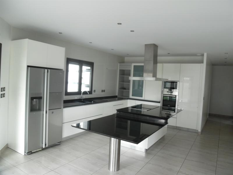 Sale house / villa Fontet 278200€ - Picture 3