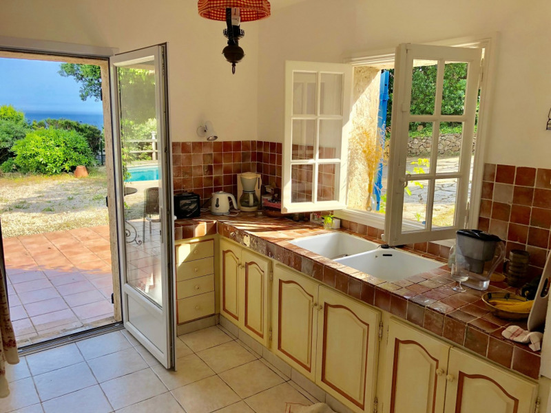 Short-term rental house / villa Les issambres 1627€ CC - Picture 24