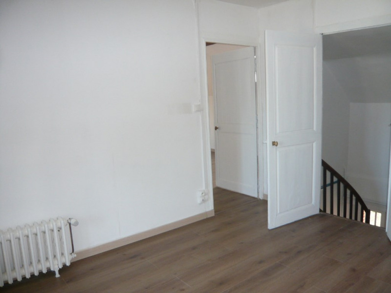 Location maison / villa Vaiges 475€ CC - Photo 3