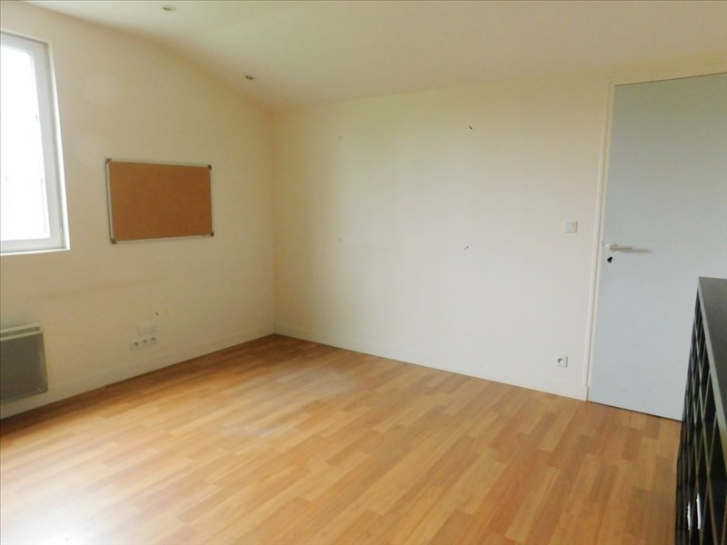 Location local commercial Landean 1 400€ HT/HC - Photo 5