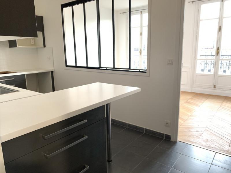 Location appartement Paris 17ème 4 186€ CC - Photo 3