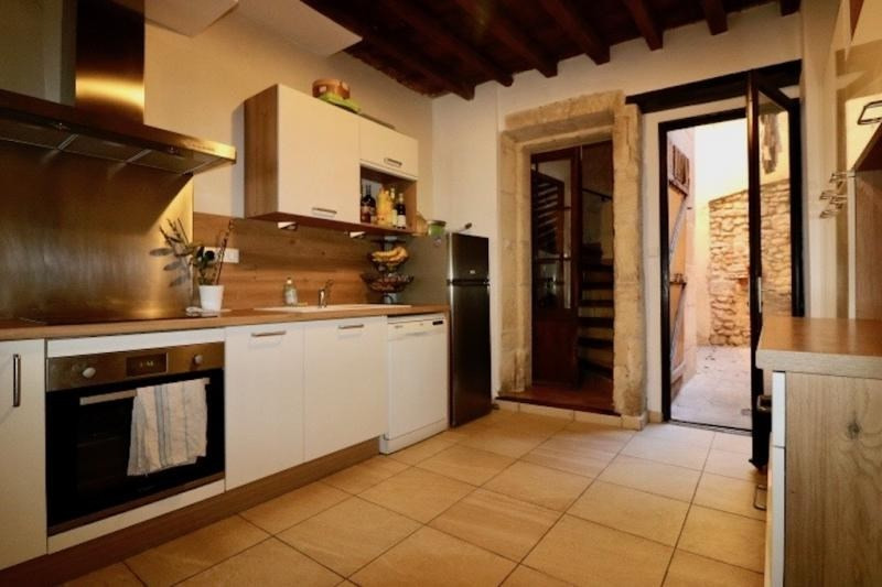 Verkoop  huis Arles 215000€ - Foto 4