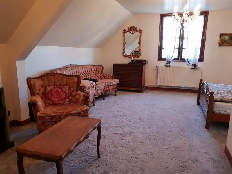 Sale house / villa Le plessis grohan 222000€ - Picture 7