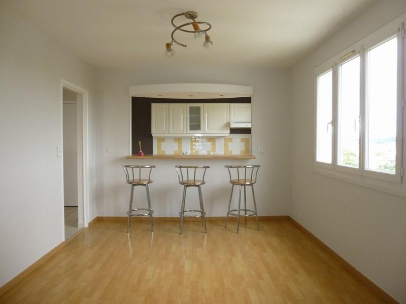 Rental apartment Mondeville 560€ CC - Picture 1
