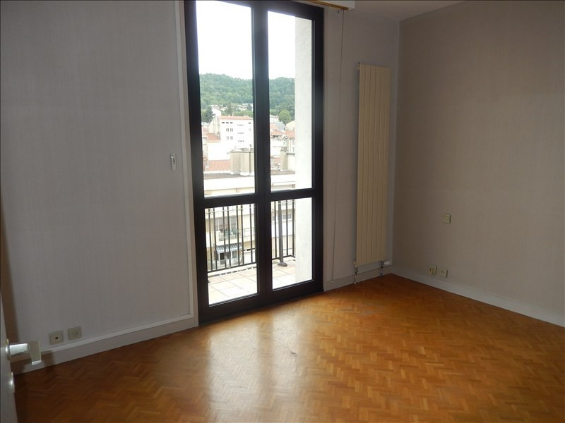 Location appartement Le puy en velay 596,79€ CC - Photo 5