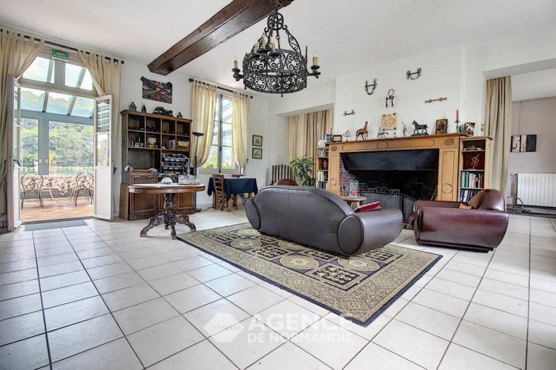 Deluxe sale house / villa Montreuil-l'argillé 308000€ - Picture 2