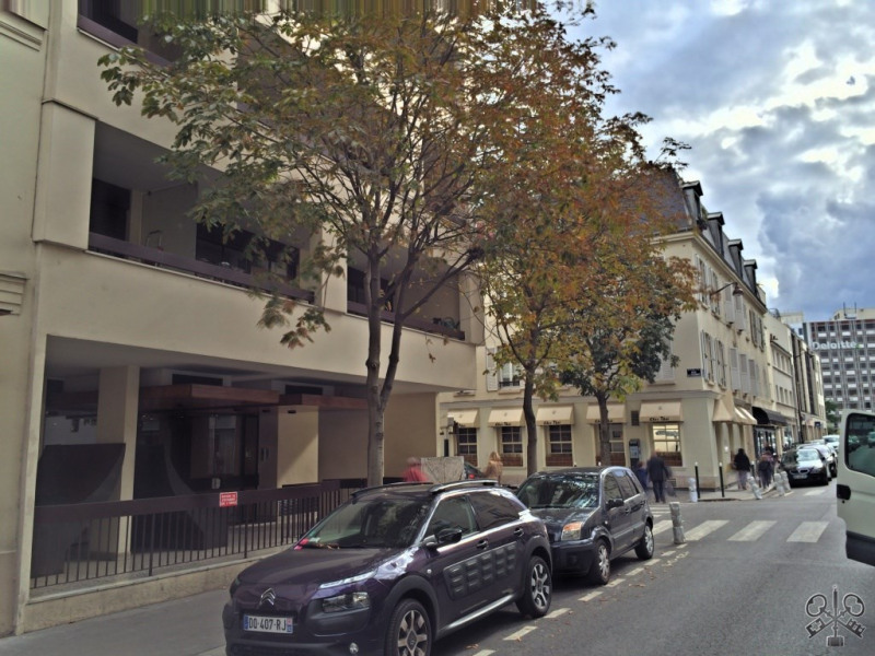 Sale apartment Neuilly sur seine 295000€ - Picture 1
