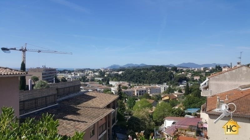 Deluxe sale apartment Le cannet 890 000€ - Picture 1
