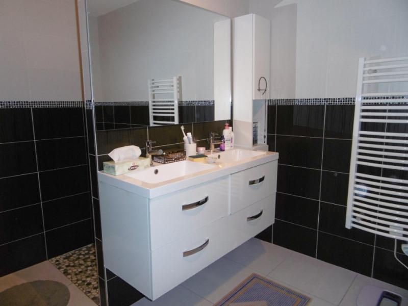 Sale house / villa Montmain 308000€ - Picture 8