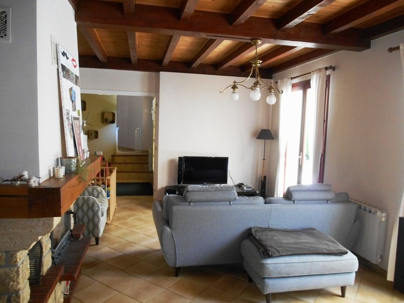 Sale house / villa Four 325 000€ - Picture 5