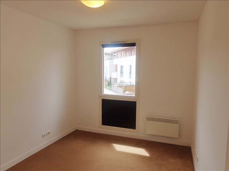 Rental apartment Rueil malmaison 1066€ CC - Picture 4