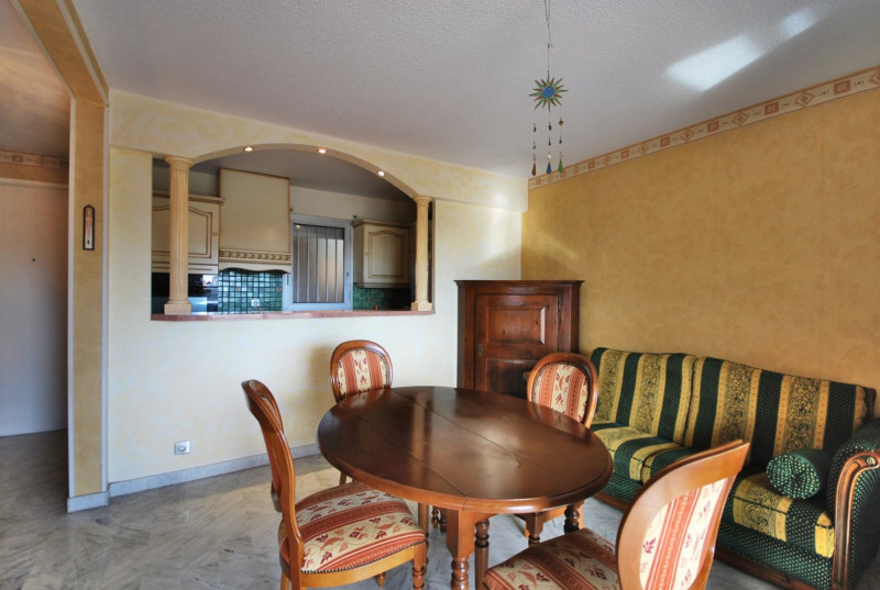 Verkoop  appartement Antibes 215000€ - Foto 2
