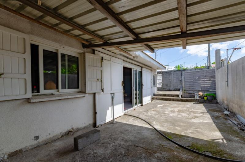 Sale house / villa Saint pierre 196175€ - Picture 5