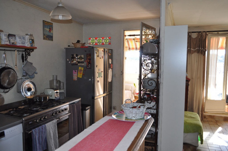Sale apartment Nice 237 000€ - Picture 2